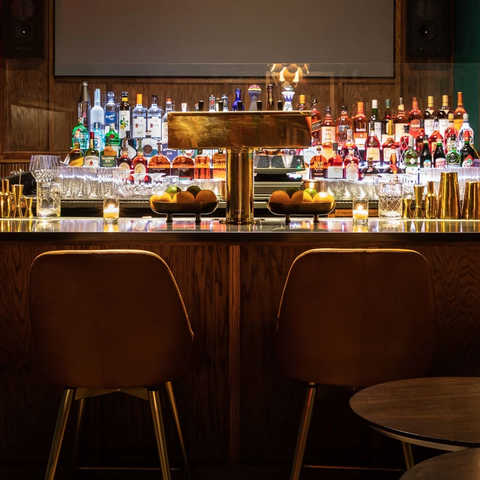 Fancy Sports Bars In New York City And Los Angeles Upscale Sports Bar Trend