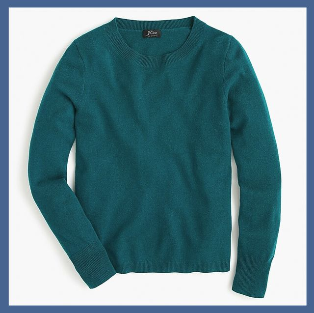 Clothing, Sleeve, Outerwear, Sweater, T-shirt, Neck, Long-sleeved t-shirt, Top, Collar, Blouse,