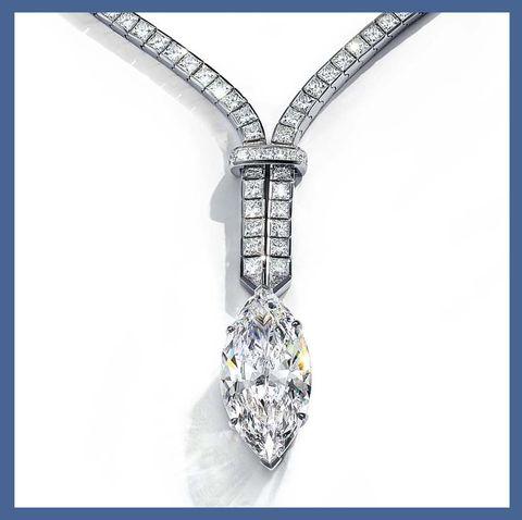 Jewellery, Fashion accessory, Chin, Diamond, Neck, Body jewelry, Necklace, Gemstone, Ear, Silver,