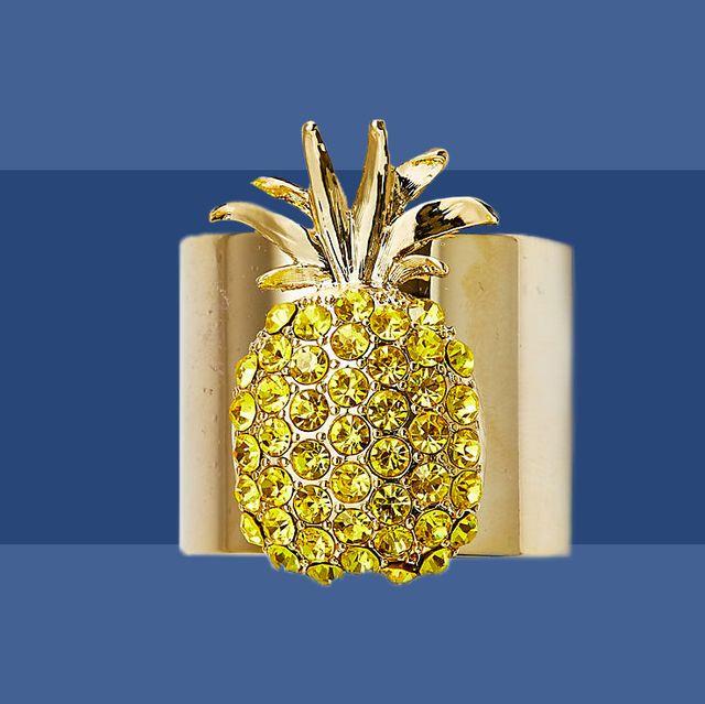 Pineapple, Ananas, Fruit, Food, Poales, Plant, Bromeliaceae, Vegetarian food, Produce,