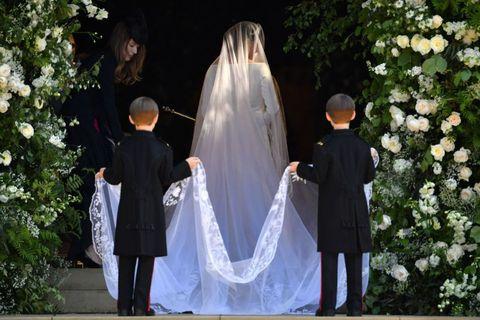 773a33aba5cb53 Meghan Markle's Wedding Dress Photos - Details for Meghan's Givenchy ...