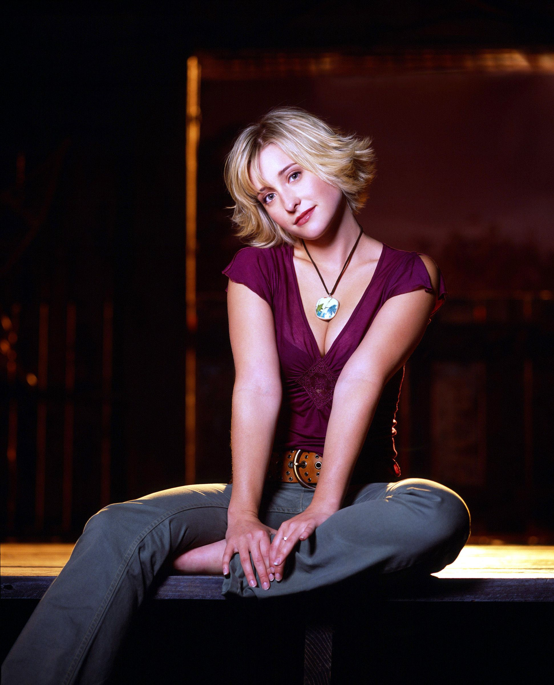 Allison Mack Porn Video smallville' actress allison mack arrested for role in