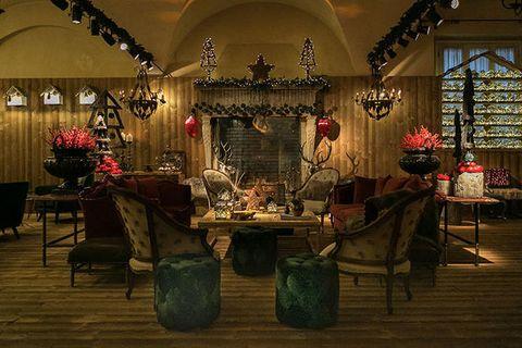 Lighting, Interior design, Room, Function hall, Floral design, Flower, Building, Architecture, Floristry, Plant,