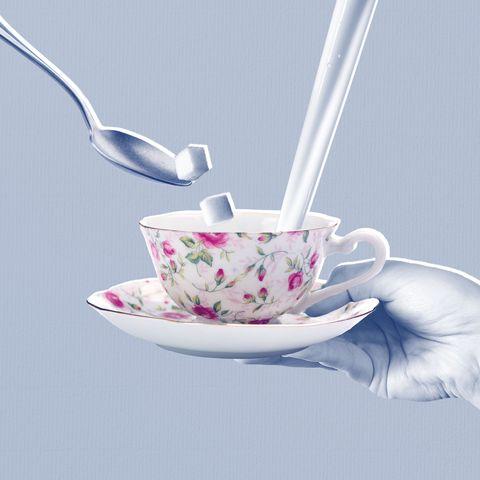 Cup, Teacup, Saucer, Tableware, Spoon, Serveware, Cup, Coffee cup, Porcelain, Drinkware,