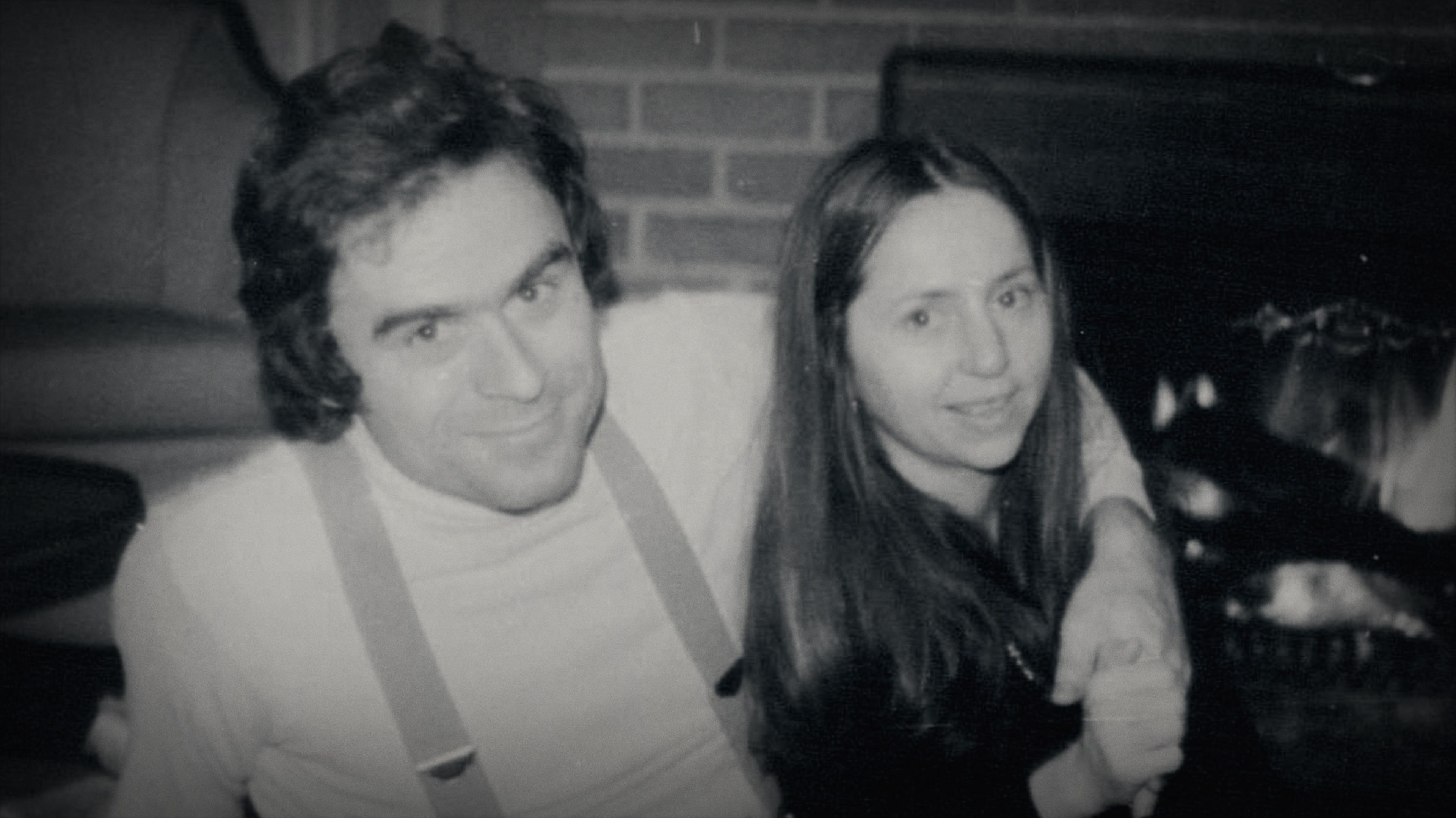 The real Elizabeth Kendall had found clues before Ted Bundy was arrested.