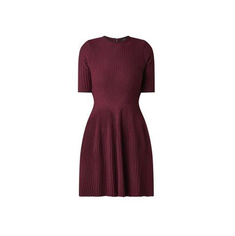 Clothing, Dress, Day dress, Maroon, Cocktail dress, Violet, Purple, Sleeve, Magenta, Neck,