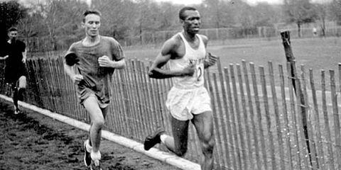Ted Corbitt leading a race in 1957