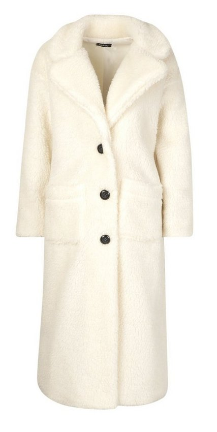 Clothing, Coat, Outerwear, Trench coat, Fur, Overcoat, Collar, Sleeve, Beige, Robe,