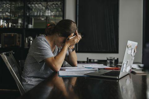 你可能是焦慮體質嗎?8大焦慮症導致的症狀、容易焦慮的性格你也中了嗎