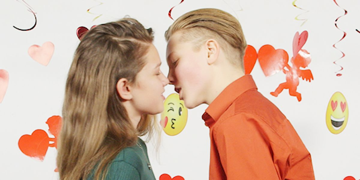 Teens Film Their First Kiss On Camera - Teens Explain Their First Time Kissing Experience-6717