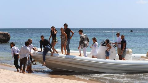 Water transportation, Vacation, Vehicle, Boat, Fun, Inflatable boat, Boating, Recreation, Leisure, Sea,