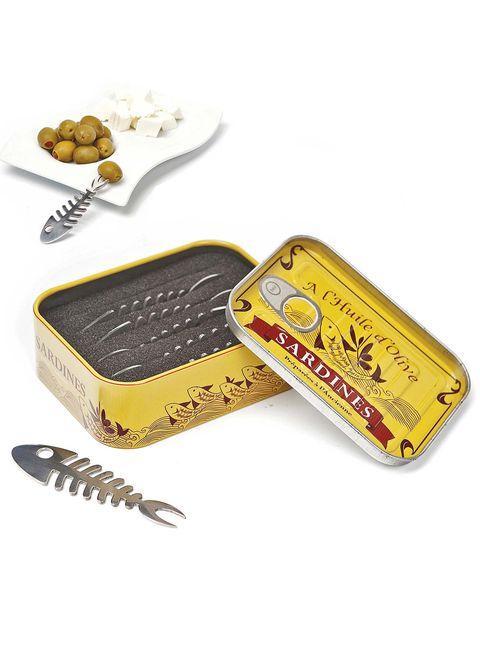 Tenedores de aperitivos con forma de sardina