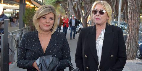 Mila Ximénez y Terelu Campos paseando por Madrid