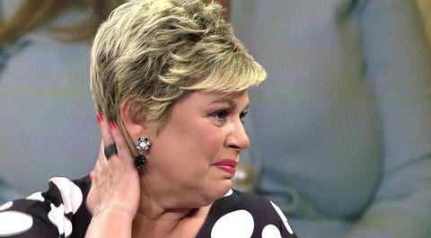 Terelu, Terelu Campos, Viva la vida, Terelu rompe al ver las críticas de 'Sálvame' por la venta de su casa, Terelu estalla tras ver las críticas por la venta de su casa, Terelu rompe a llorar al ver las críticas de sus excompañeros , Terelu rompe a llorar al ver las críticas de sus compañeros de 'Sálvame' por la venta de su casa