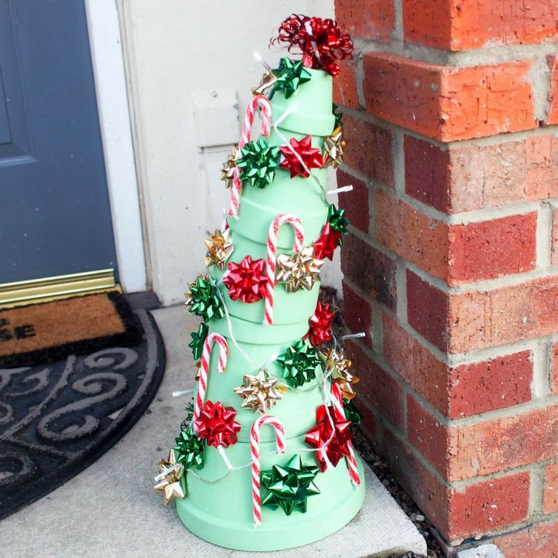 20 Best Grinch Christmas Decorations How The Grinch Stole Christmas Decorating Ideas