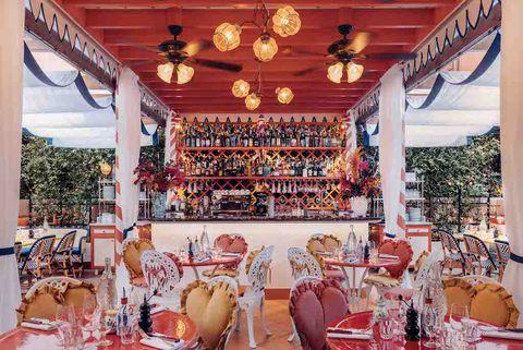 imagen de uno de los restaurantes con las terrazas más bonitas y con más encanto de madrid