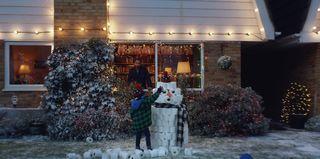 Helzberg Christmas Commercial 2021 Docmorris Christmas Advert Leaves Viewers In Tears