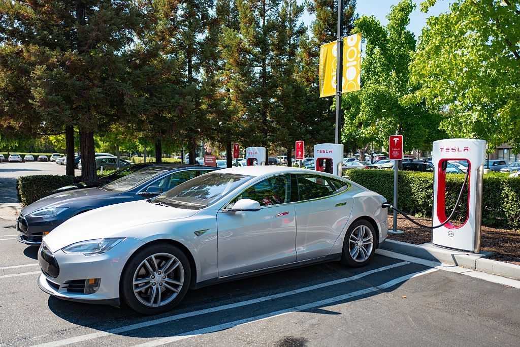 Electric-Car Owners Hard Hit by Massive California Power Shutdown