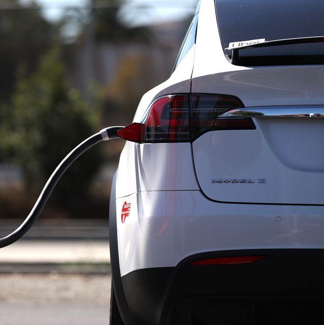 california governor newsom announces ban of gas powered cars by 2035