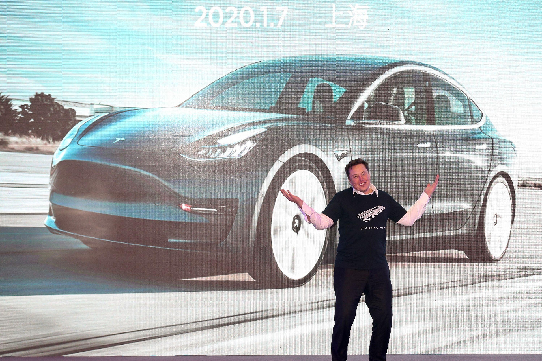 Elon Musk Reveals Plans for His Million-Mile Battery