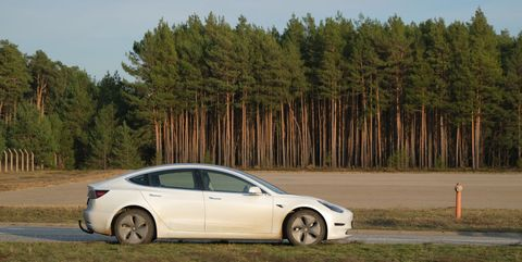 Workers Find Unexploded Bombs at Tesla's German Gigafactory 4 Site