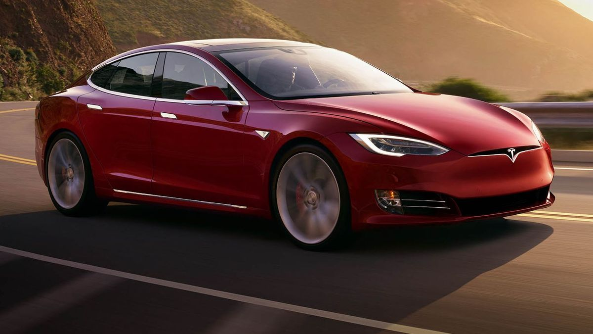 2020 Tesla Model S Review, Pricing, and Specs