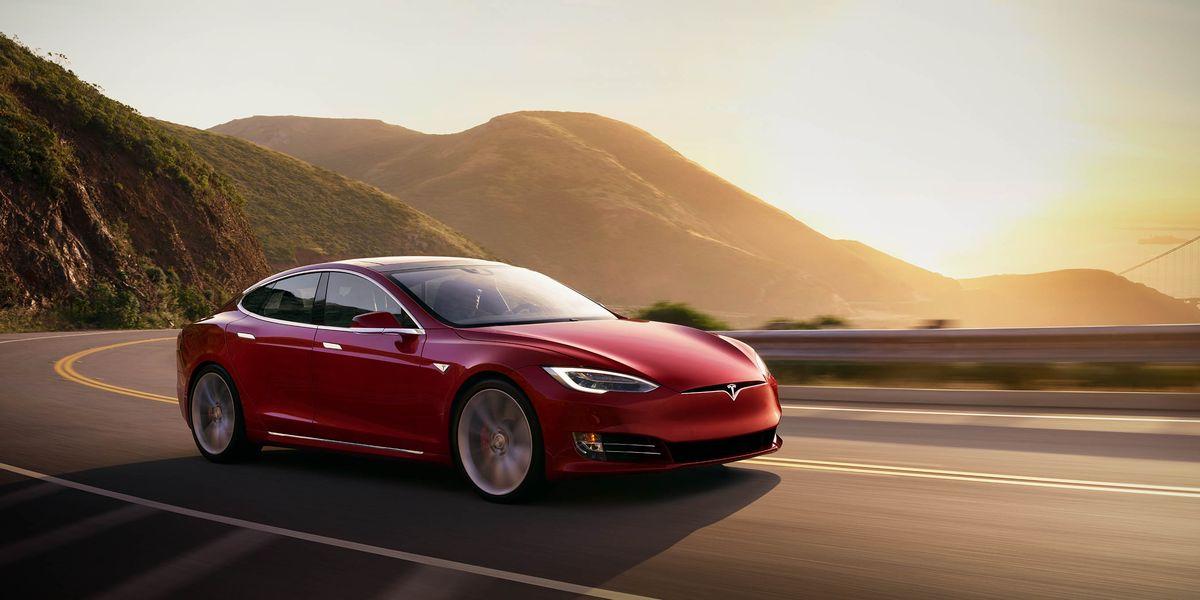 Both Local Police and NHTSA Probe Tesla Crash