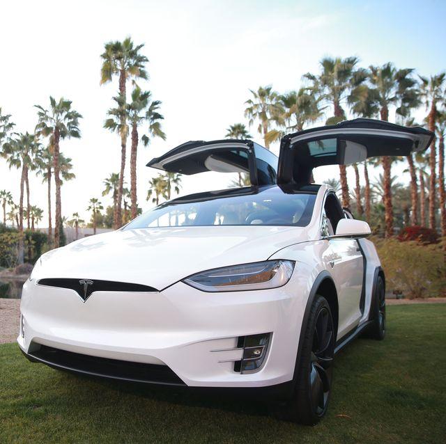 電気自動車のテスラ