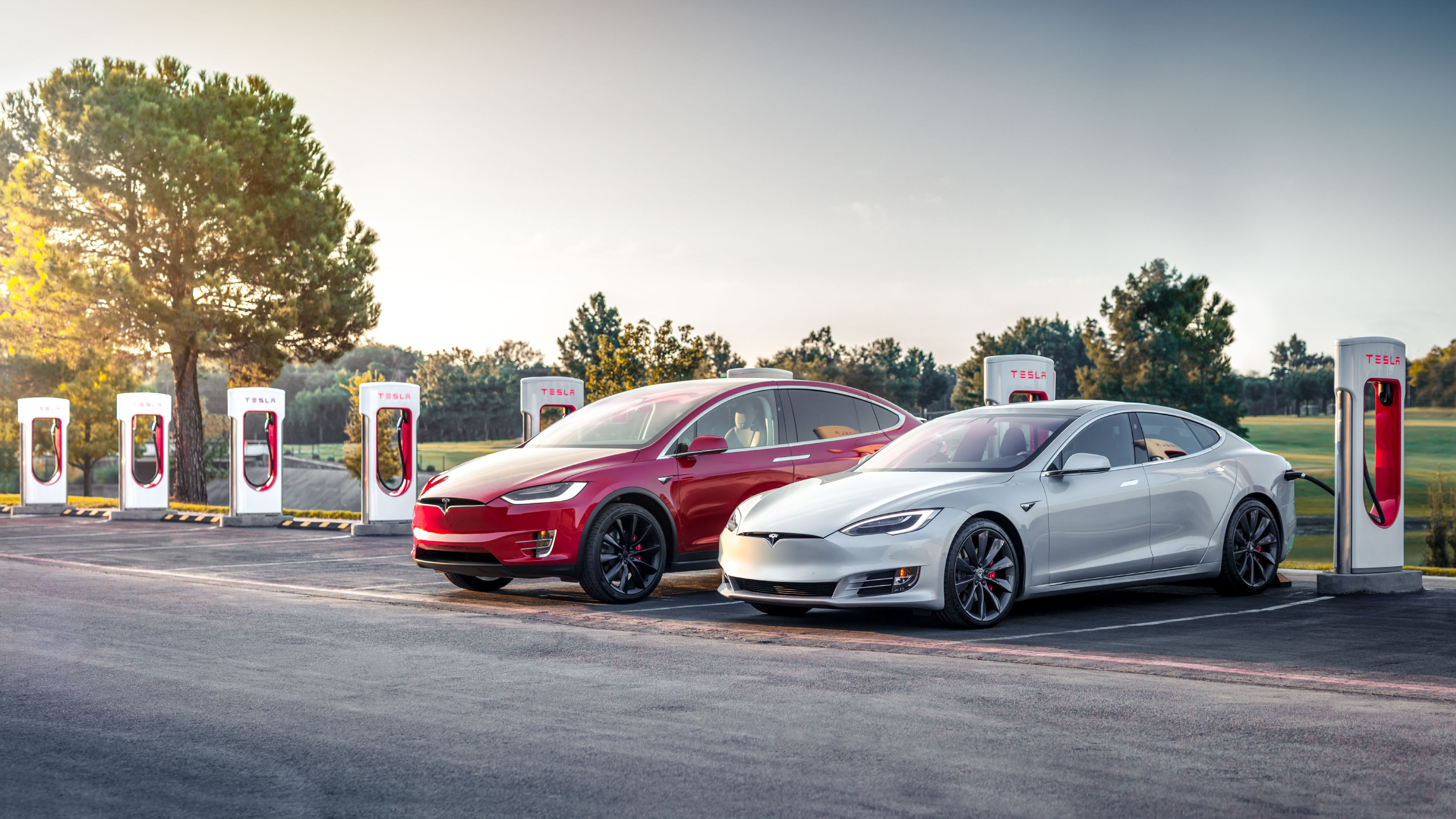 Tesla Reinstates Free Supercharging for Model S and Model X