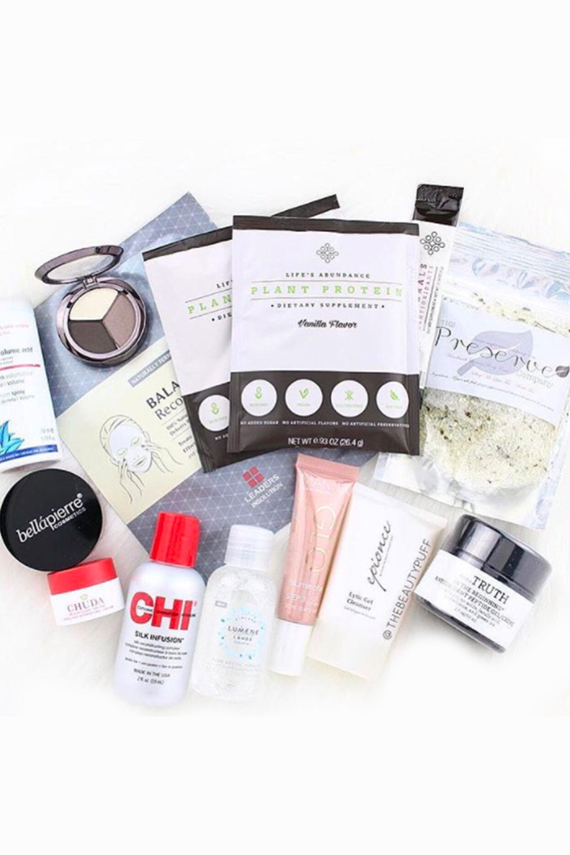22 Best Makeup Subscription Boxes - Top Beauty Subscription