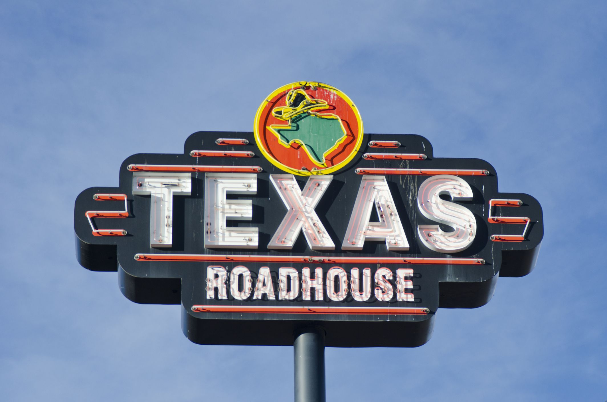 Things You Need To Know Before Eating At Texas Roadhouse Texas Roadhouse Restaurant Facts
