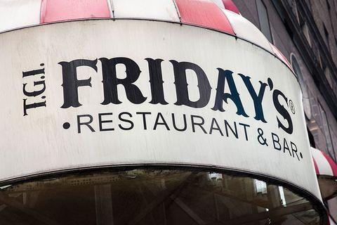 tgi fridays restaurants open on thanksgiving