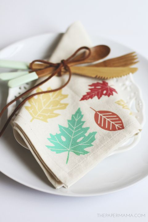 leaf dinner napkins