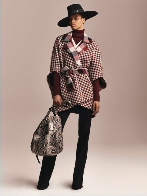 Clothing, Brown, Hat, Collar, Sleeve, Trousers, Dress shirt, Shoulder, Bag, Textile,