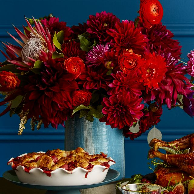 Marvelous 37 Easy Thanksgiving Centerpieces For Your Holiday Table Interior Design Ideas Pimpapslepicentreinfo
