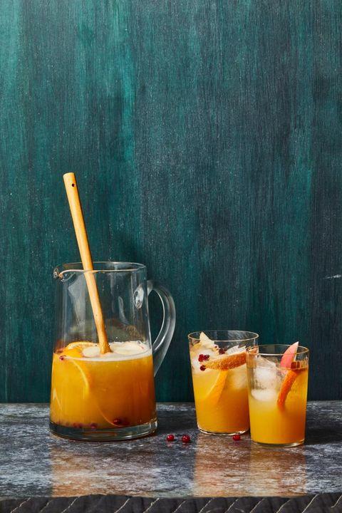 thanksgiving cocktails apple cider sangria