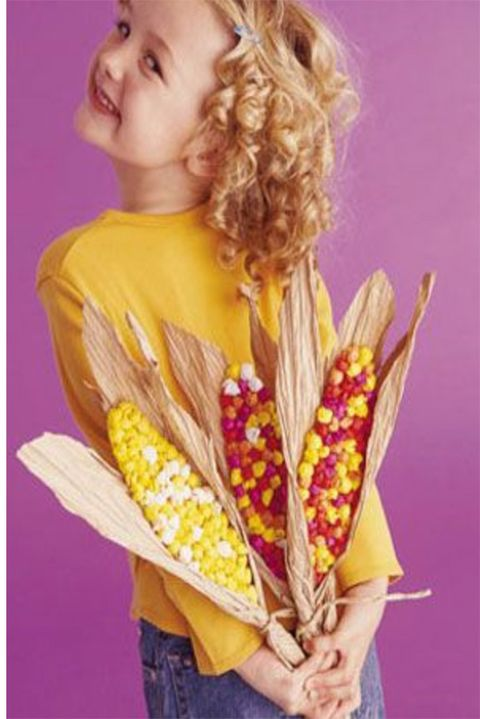 thanksgiving-crafts-as-decorations-colorful-corn-