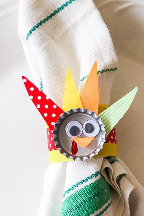 thanksgiving crafts bottle cap turkey napkin rings