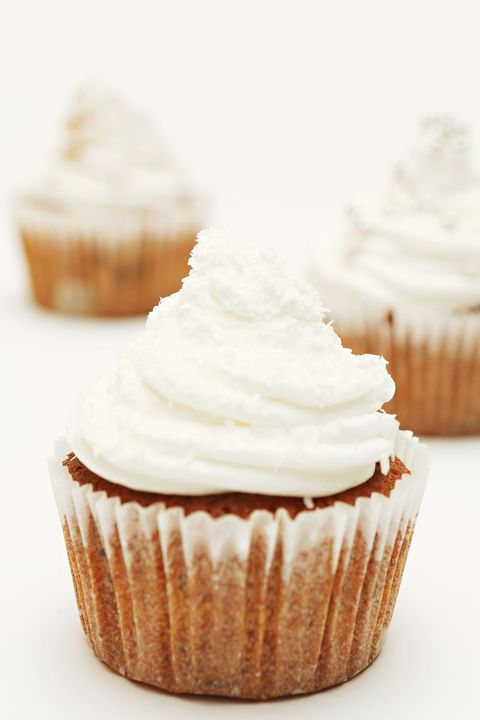 thanksgiving cupcakes pumpkin spice cupcakes with orange sour cream frosting