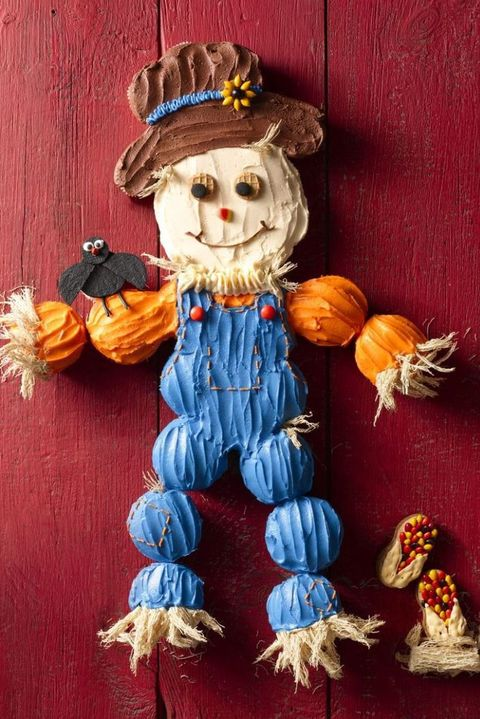 thanksgiving cupcakes scarecrow