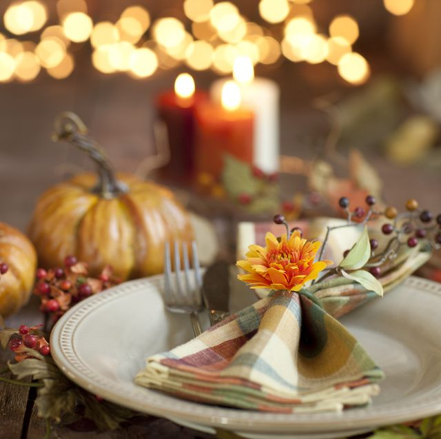75 Easy Thanksgiving Decorations - Creative Decor Ideas for Thanksgiving  2021