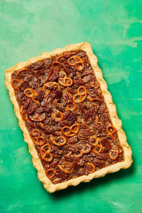thanksgiving desserts pretzel chocolate pecan pie bars
