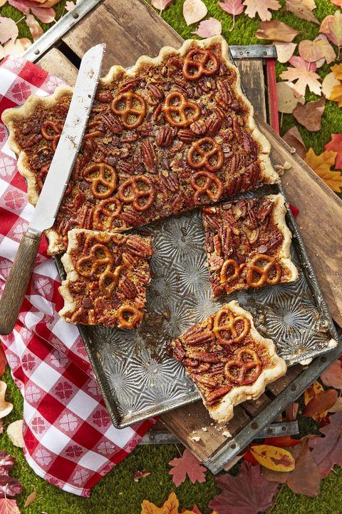 thanksgiving desserts pretzel chocolate pecan slab pie