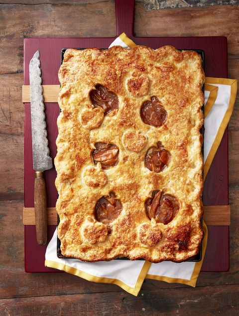 thanksgiving desserts salted caramel apple slab pie