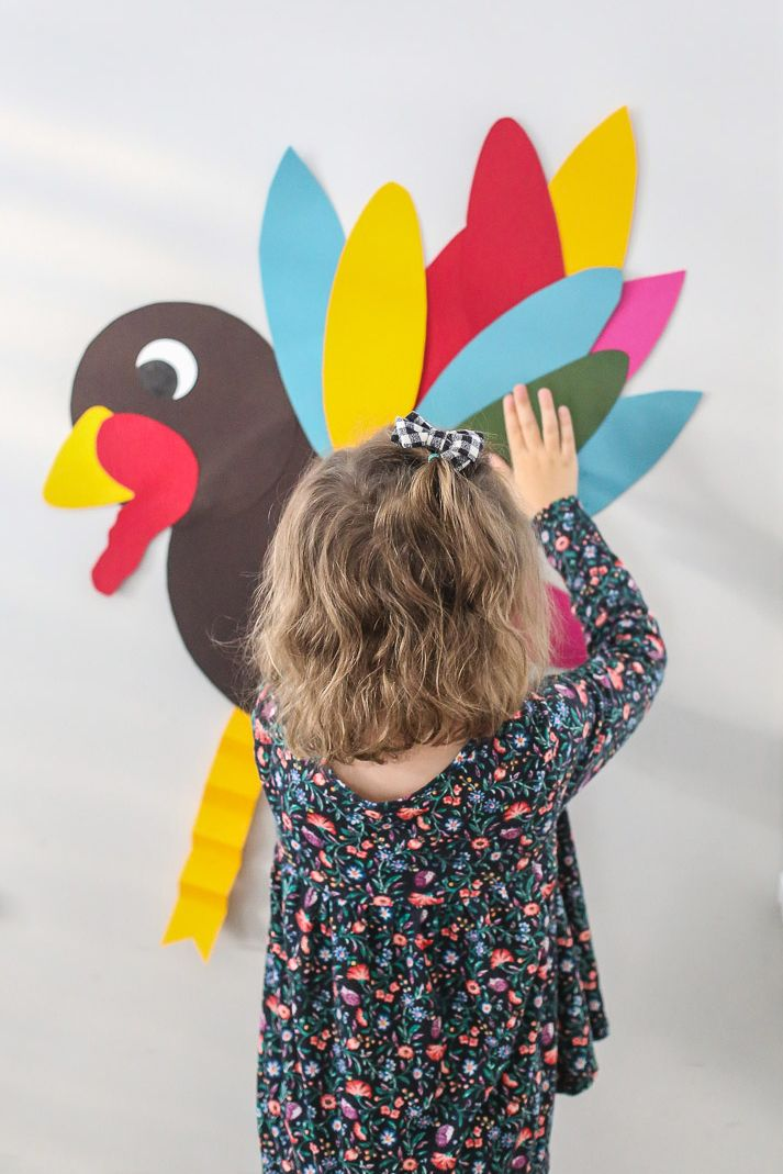 pin the feather on the thanksgiving turkey game