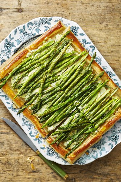 thanksgiving side dish Roasted Asparagus and Ricotta Tart