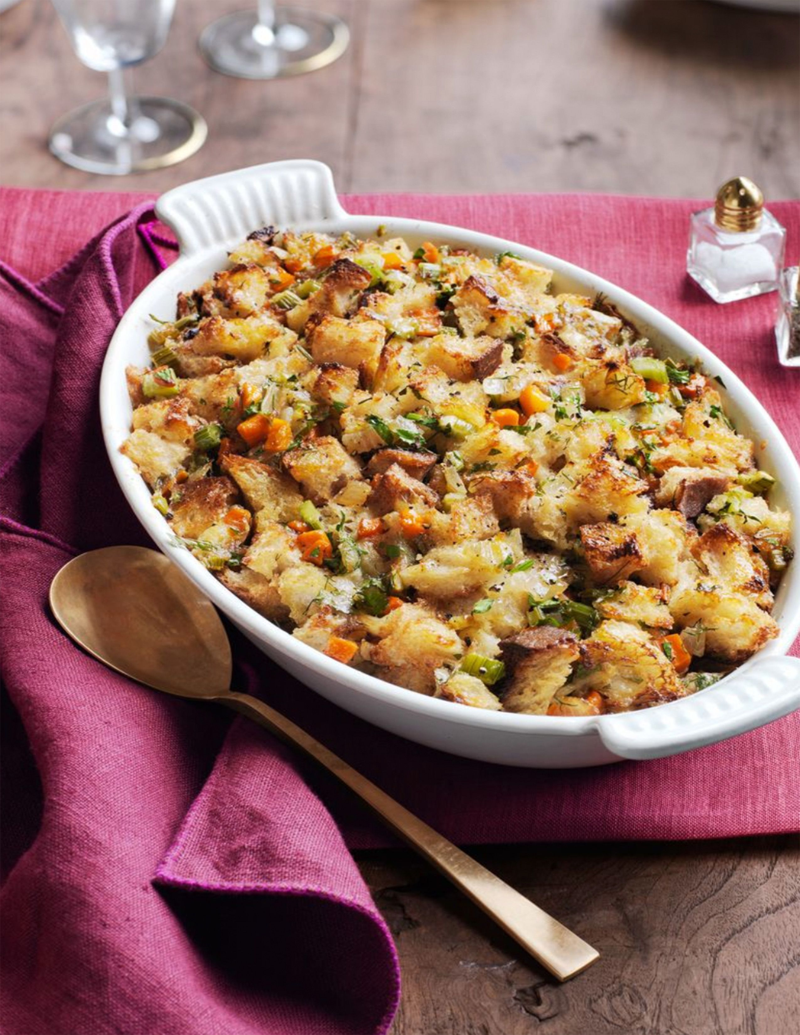28 Best Turkey Stuffing Recipes Easy Thanksgiving Stuffing Ideas 2020