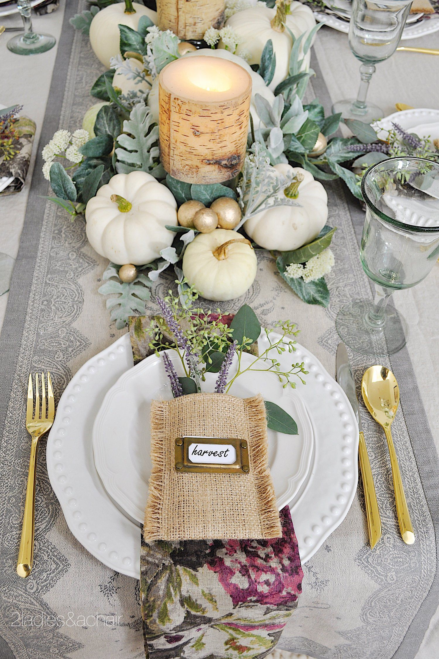 45 Thanksgiving Table Settings Thanksgiving Tablescapes - Thanksgiving-table-cloth