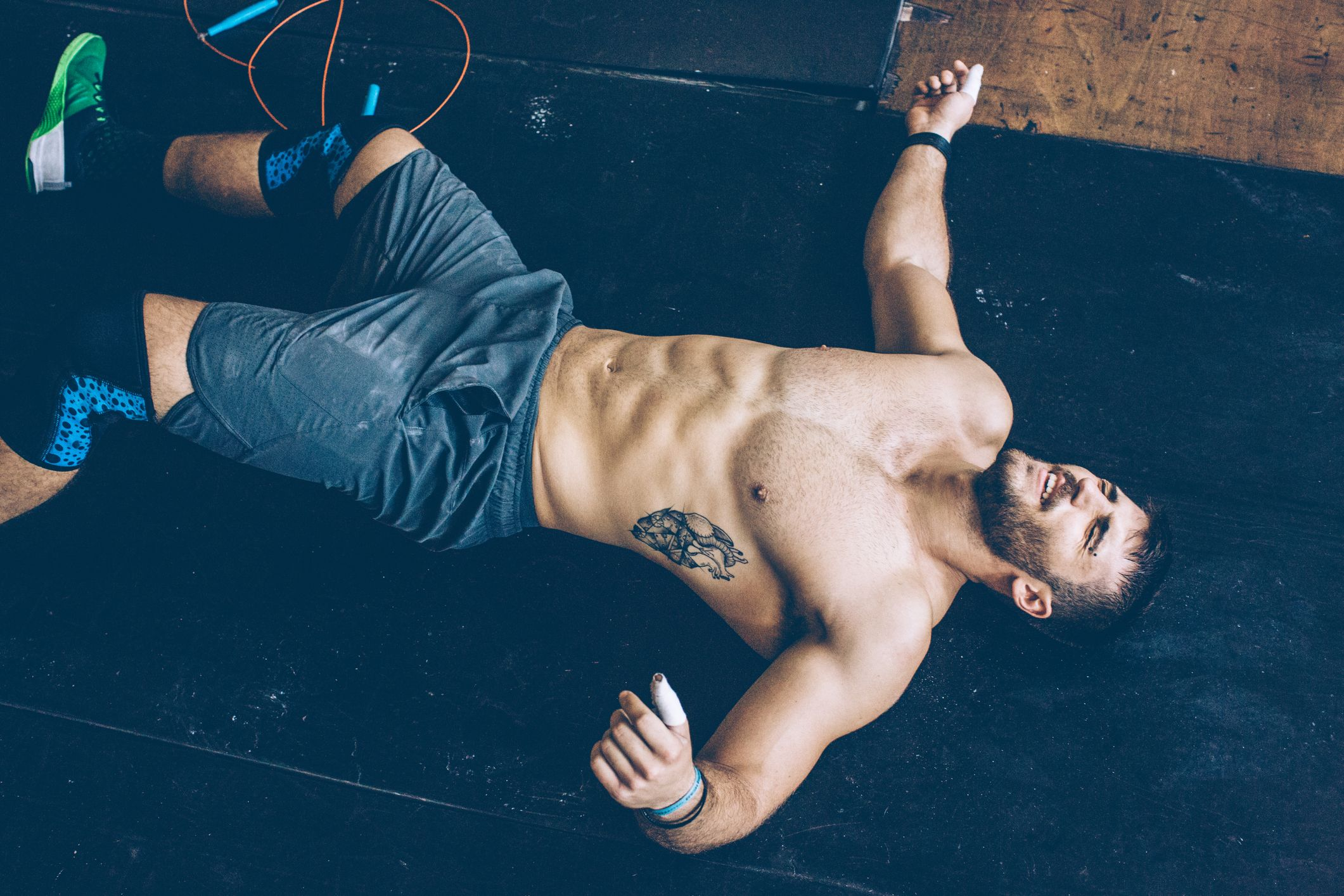 This 2-Move Home Workout Hits Your Arms And Shoulders In 20 Minutes
