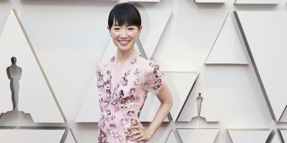 Marie kondo arrives at the oscars wearing a pink dress to help host the academy awards pre show - Oscars red carpet online ...